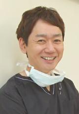 プロとして患者さんをフォローする 歯科医師と歯科衛生士だけのスタッフ構成